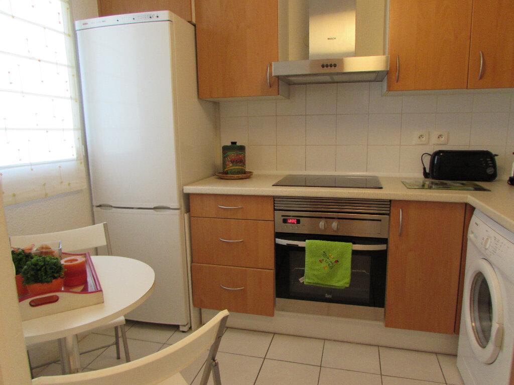 Appartement à louer 3 54m2 à Vieux-Boucau-les-Bains vignette-6