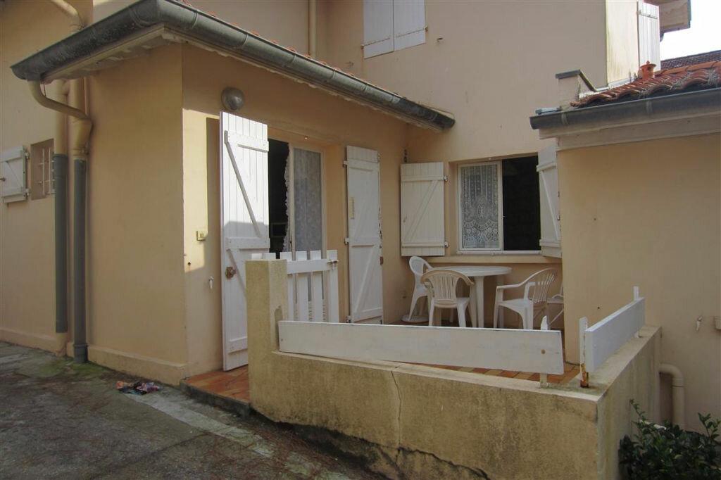 Appartement à louer 2 23m2 à Capbreton vignette-2