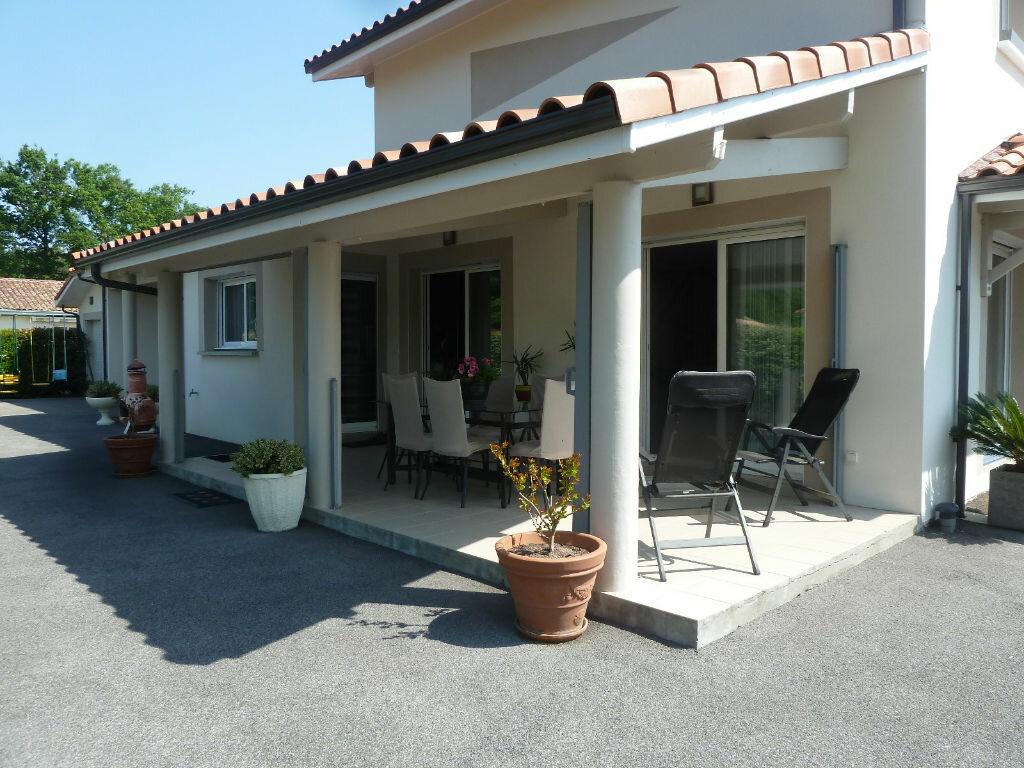 Maison à vendre 4 134m2 à Saint-Julien-en-Born vignette-2
