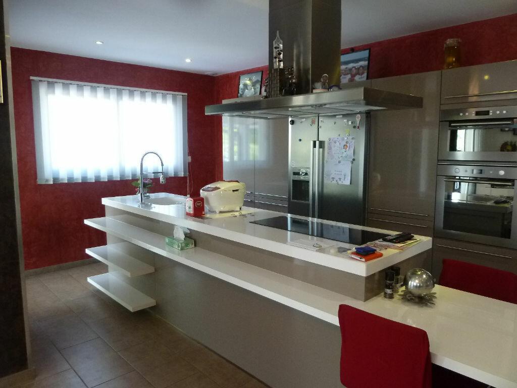 Maison à vendre 4 134m2 à Saint-Julien-en-Born vignette-5