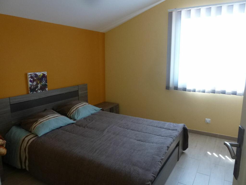 Maison à vendre 4 134m2 à Saint-Julien-en-Born vignette-11