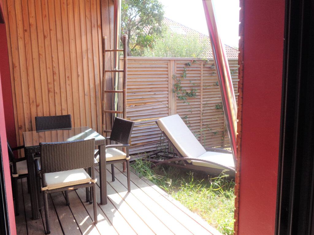 Appartement à vendre 2 39.6m2 à Saint-Julien-en-Born vignette-6