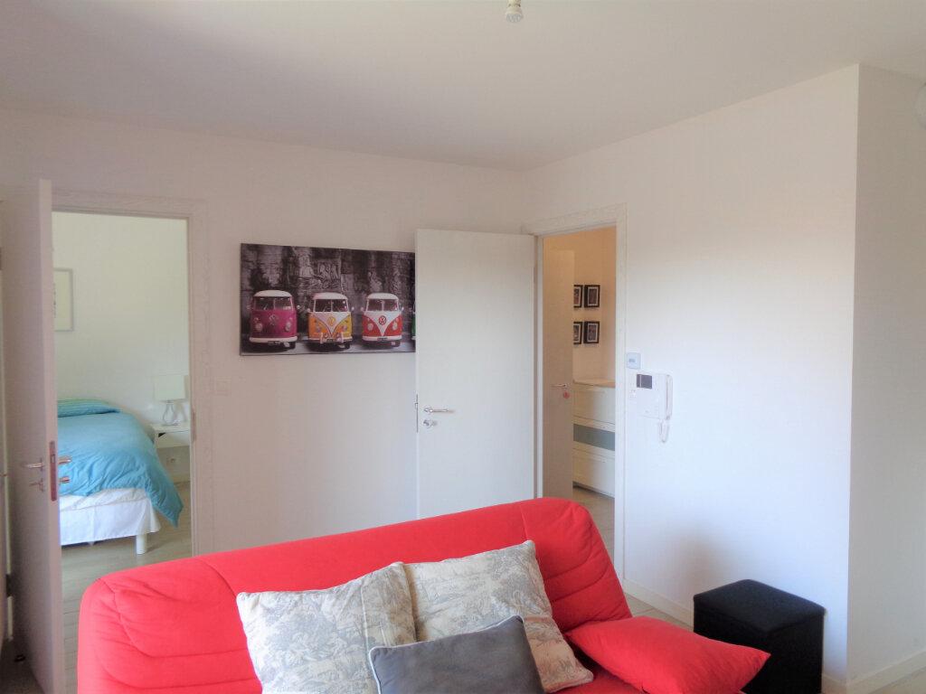 Appartement à vendre 2 39.6m2 à Saint-Julien-en-Born vignette-7
