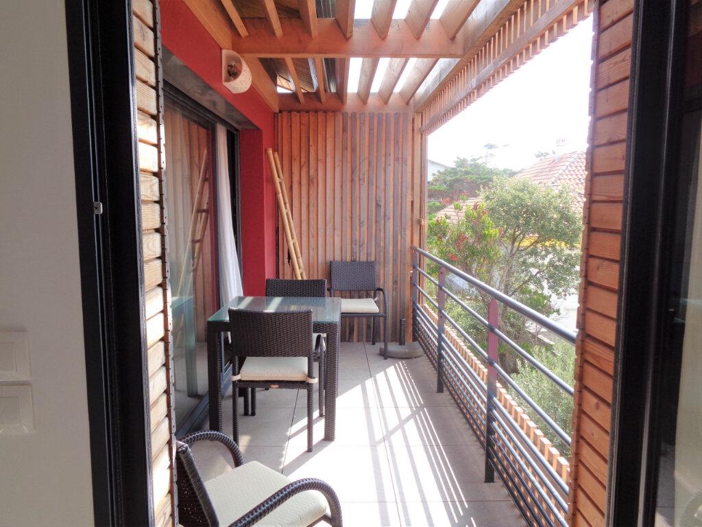 Appartement à vendre 2 40.5m2 à Saint-Julien-en-Born vignette-4