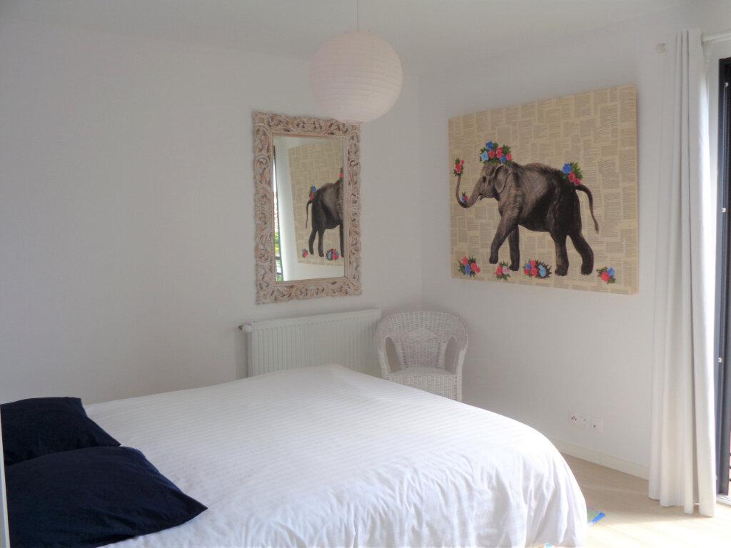 Appartement à vendre 3 65.3m2 à Saint-Julien-en-Born vignette-8