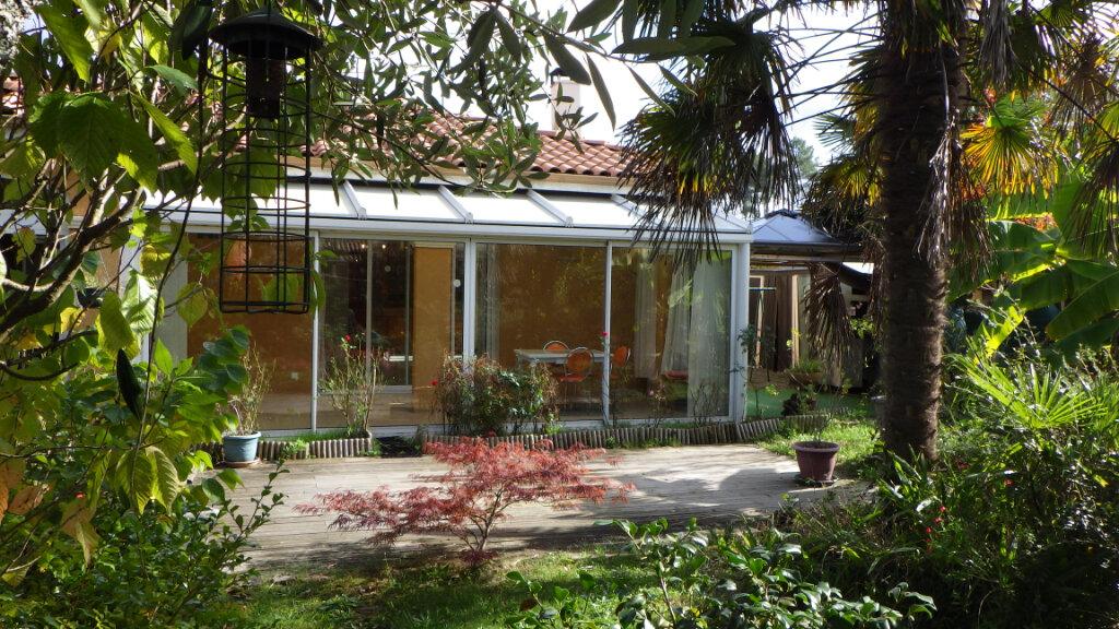 Maison à vendre 8 200m2 à Saint-Julien-en-Born vignette-1