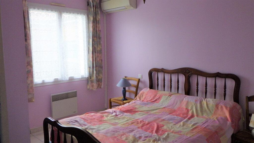 Maison à vendre 8 200m2 à Saint-Julien-en-Born vignette-7