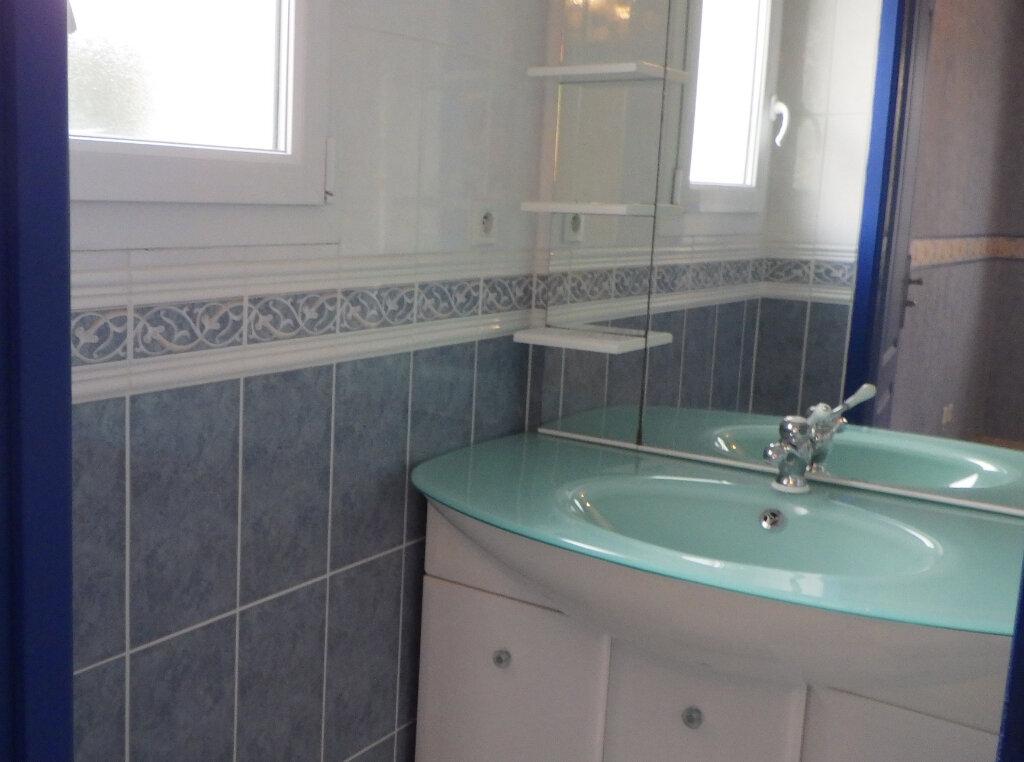 Maison à vendre 8 200m2 à Saint-Julien-en-Born vignette-12