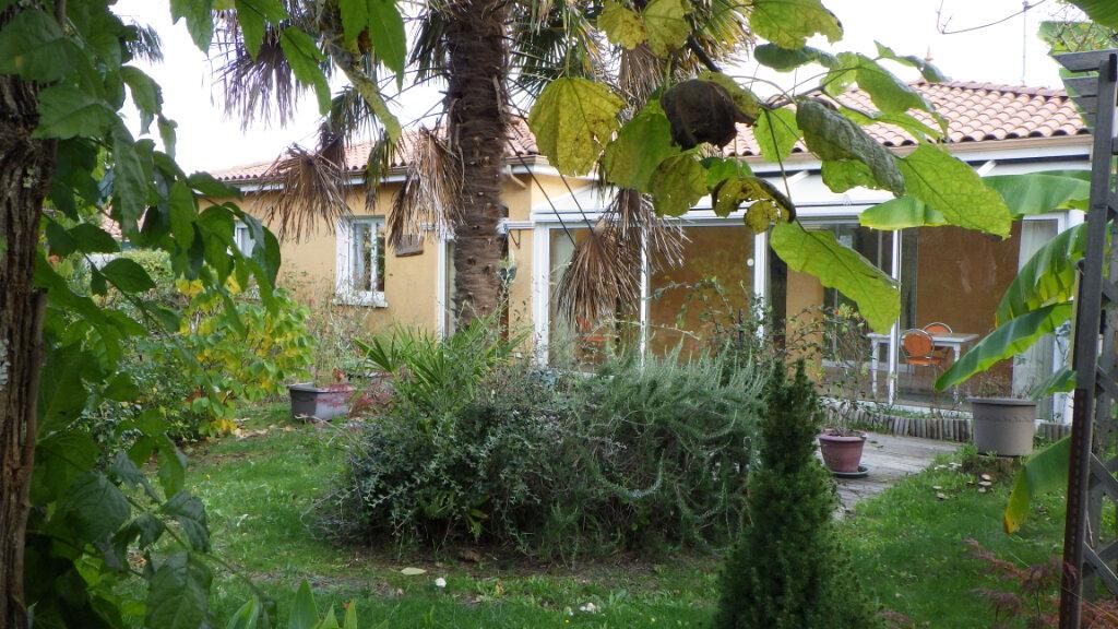 Maison à vendre 8 200m2 à Saint-Julien-en-Born vignette-16
