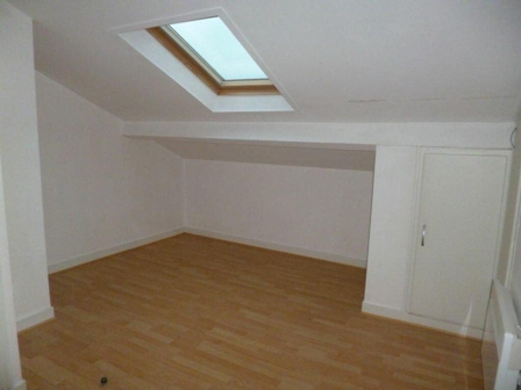 Appartement à louer 1 12m2 à Mont-de-Marsan vignette-1