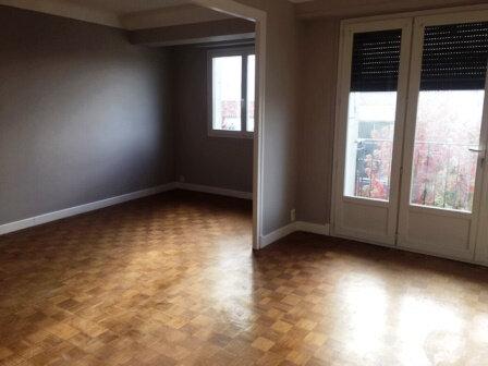 Appartement à louer 2 70.92m2 à Mont-de-Marsan vignette-3