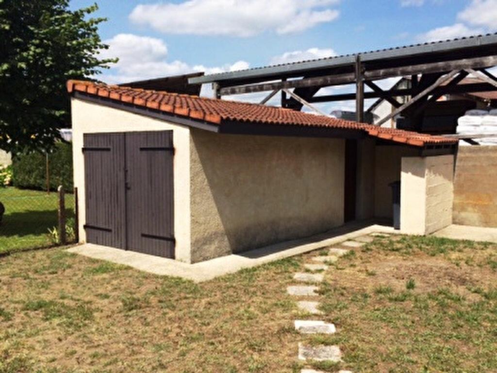 Maison à louer 6 139m2 à Mont-de-Marsan vignette-12