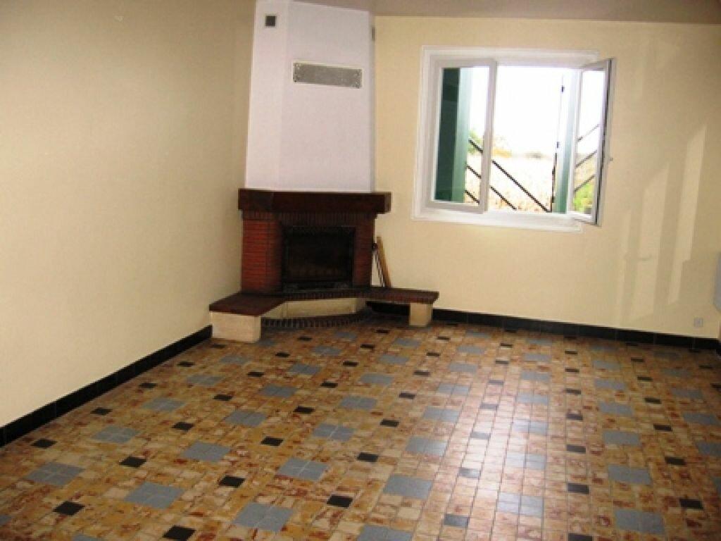 Maison à louer 5 109.3m2 à Le Houga vignette-3