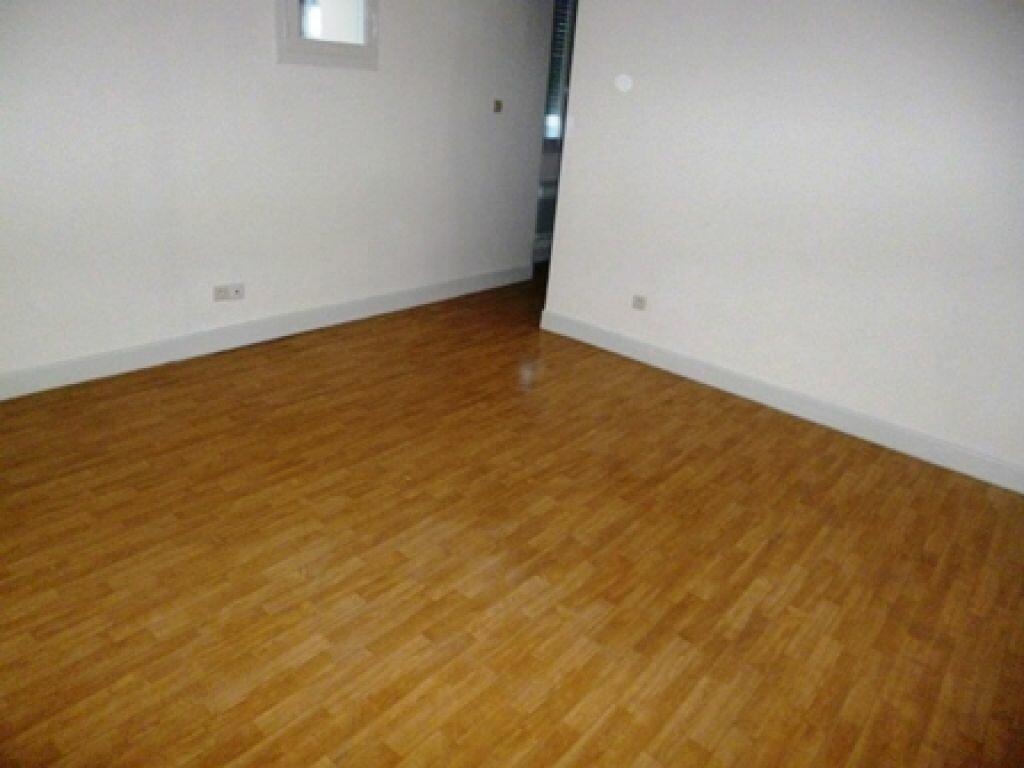 Appartement à louer 3 63m2 à Villeneuve-de-Marsan vignette-4