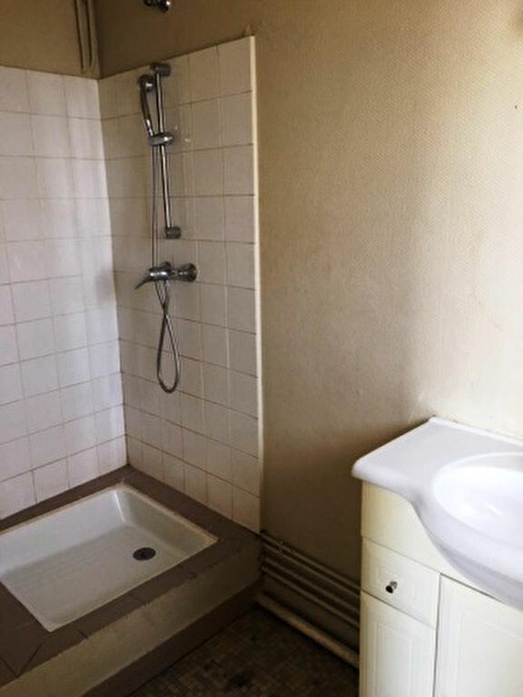Appartement à louer 2 41.9m2 à Mont-de-Marsan vignette-3