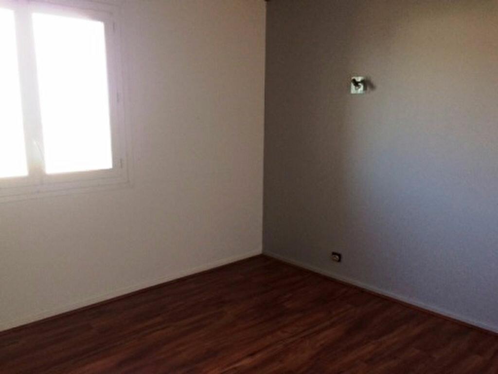 Appartement à louer 3 52m2 à Mont-de-Marsan vignette-3