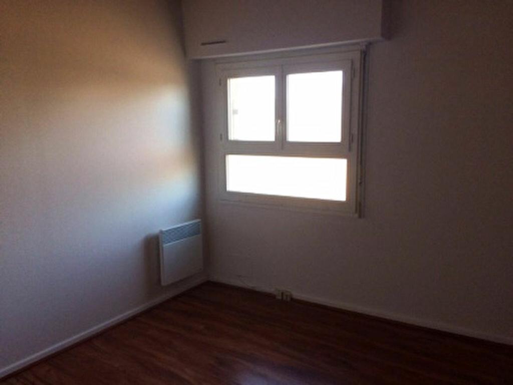 Appartement à louer 3 52m2 à Mont-de-Marsan vignette-5
