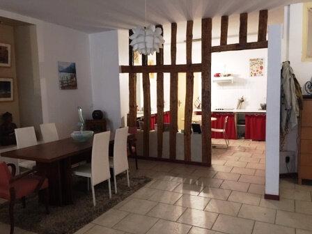 Appartement à louer 3 126.61m2 à Mont-de-Marsan vignette-1
