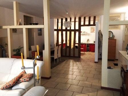 Appartement à louer 3 126.61m2 à Mont-de-Marsan vignette-9