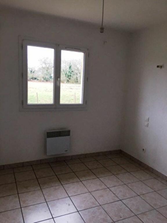 Maison à louer 5 104m2 à Pujo-le-Plan vignette-4