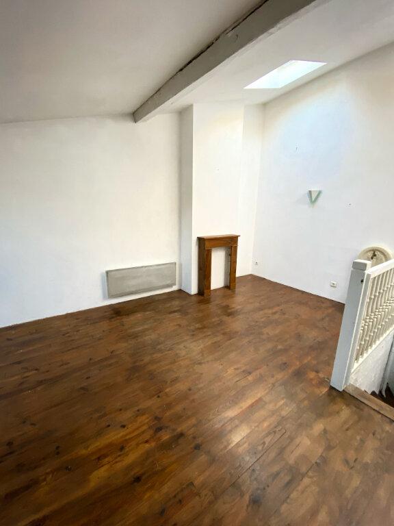 Maison à louer 5 140m2 à Mont-de-Marsan vignette-1