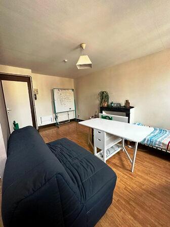 Appartement à louer 1 26.75m2 à Mont-de-Marsan vignette-4