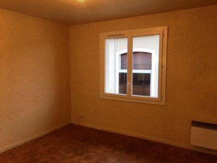 Appartement à louer 2 30.43m2 à Mont-de-Marsan vignette-1