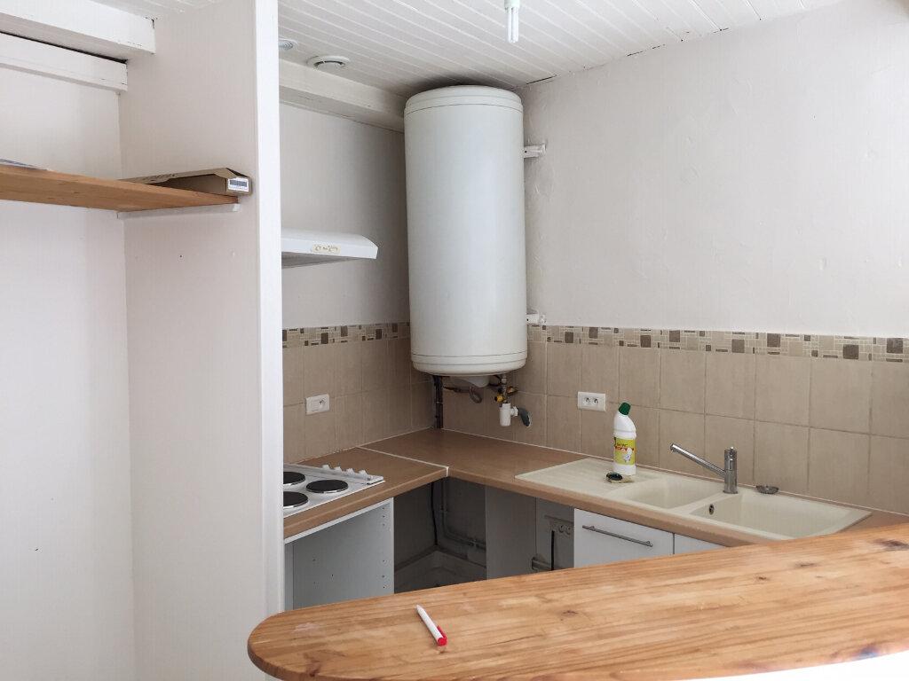 Appartement à louer 2 40m2 à Bidache vignette-4