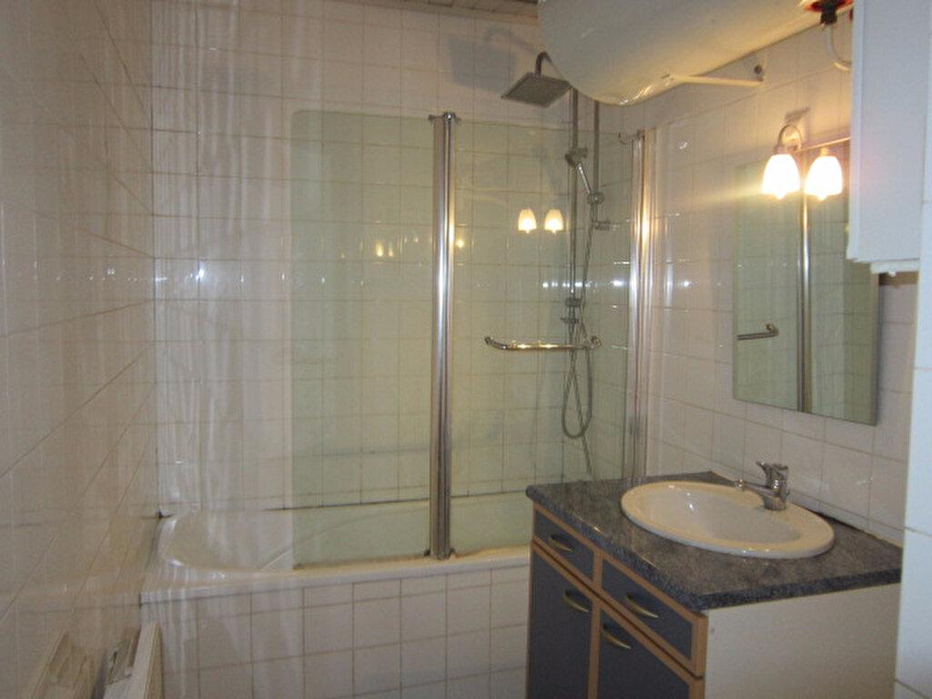 Appartement à louer 5 84.46m2 à Tartas vignette-6