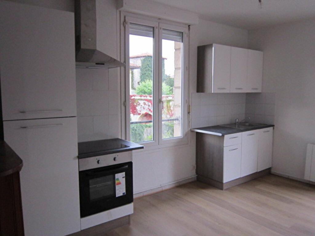 Appartement à louer 3 55.03m2 à Tartas vignette-1