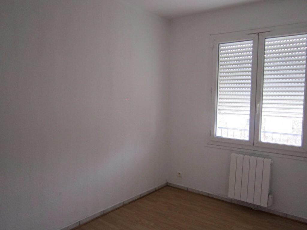 Appartement à louer 3 55.03m2 à Tartas vignette-3