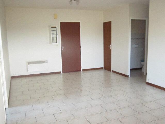 Appartement à louer 3 57.73m2 à Tartas vignette-1