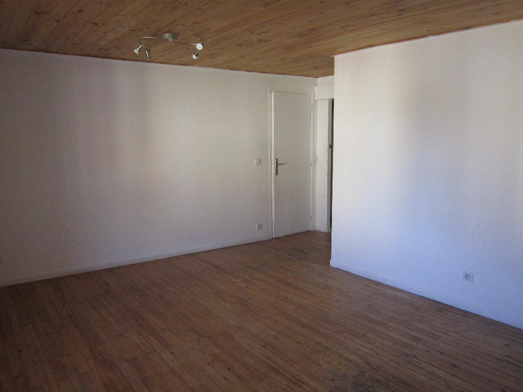 Appartement à louer 2 38.3m2 à Tartas vignette-2