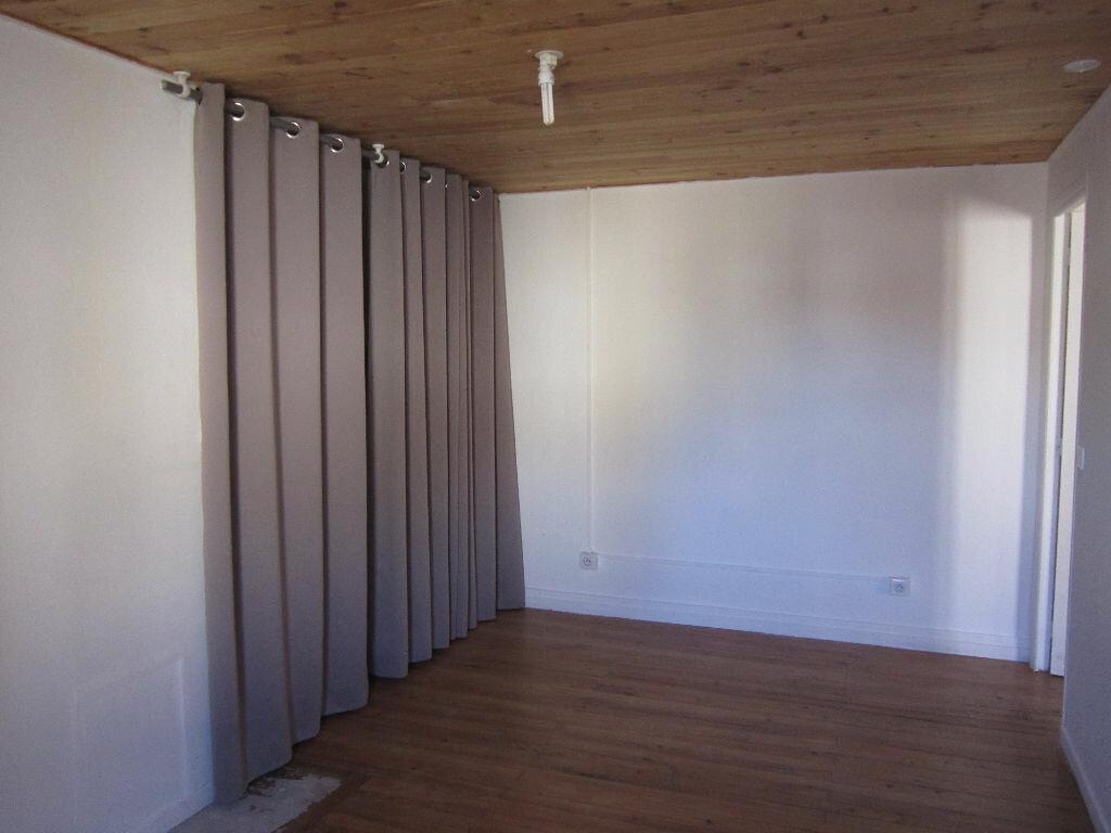 Appartement à louer 2 38.3m2 à Tartas vignette-4