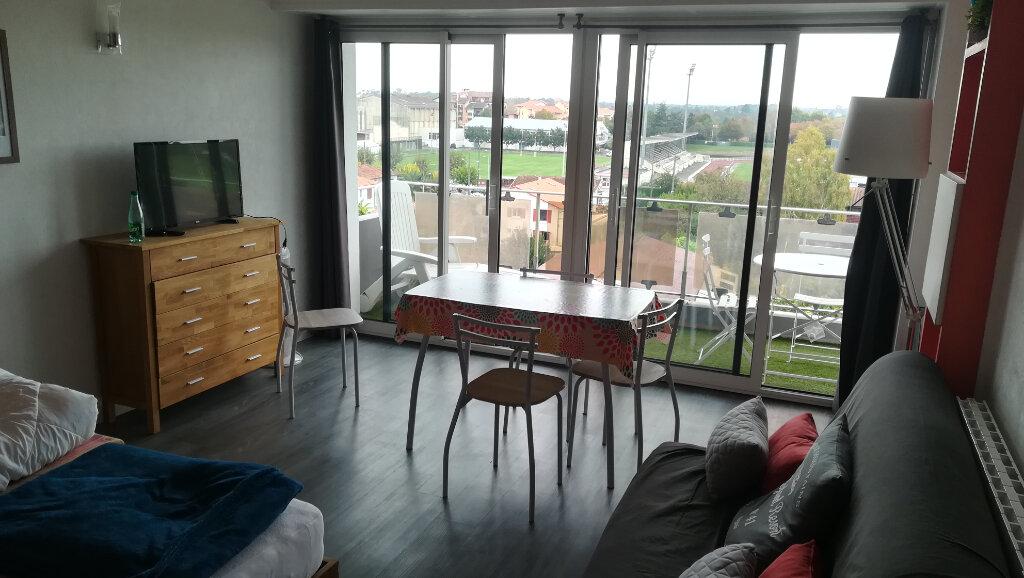 Appartement à louer 1 36.84m2 à Dax vignette-1