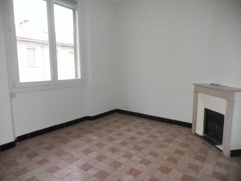 Appartement à louer 3 63.53m2 à La Seyne-sur-Mer vignette-5