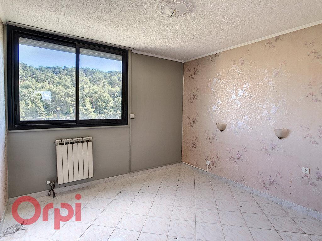 Appartement à vendre 4 79m2 à La Seyne-sur-Mer vignette-4