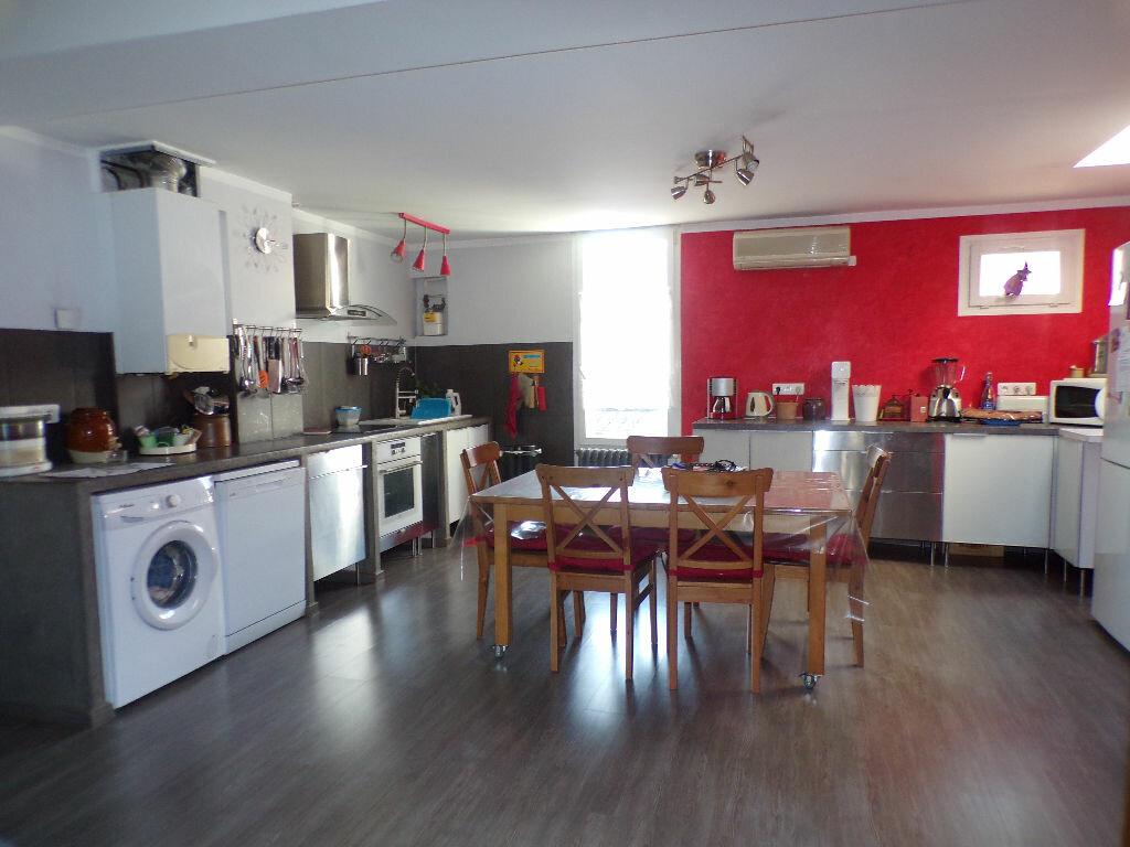 Appartement à vendre 3 95m2 à La Seyne-sur-Mer vignette-3