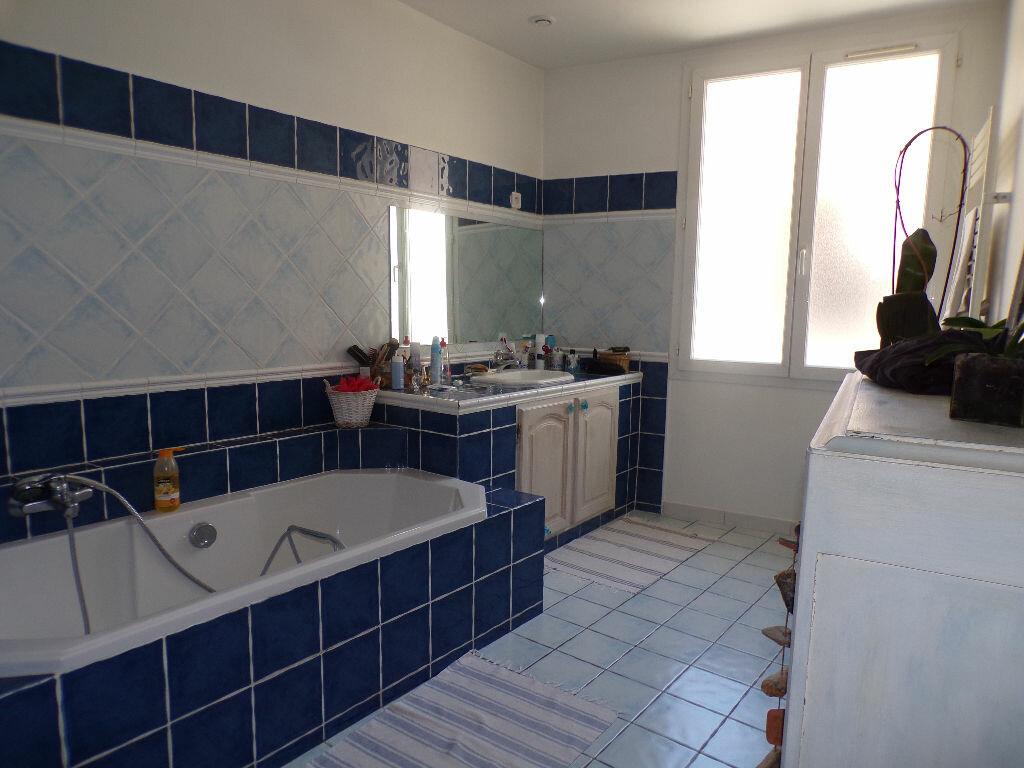 Appartement à vendre 3 95m2 à La Seyne-sur-Mer vignette-5