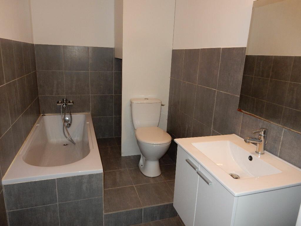 Appartement à vendre 2 39.1m2 à La Seyne-sur-Mer vignette-4