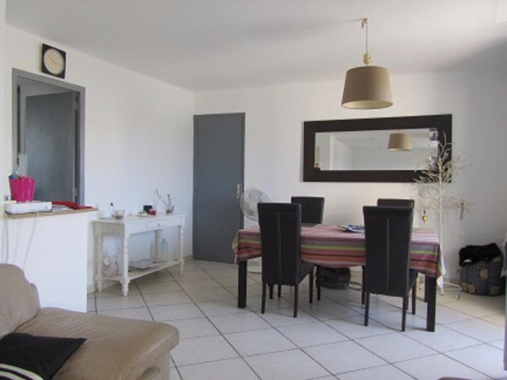 Appartement à vendre 4 73m2 à Toulon vignette-3