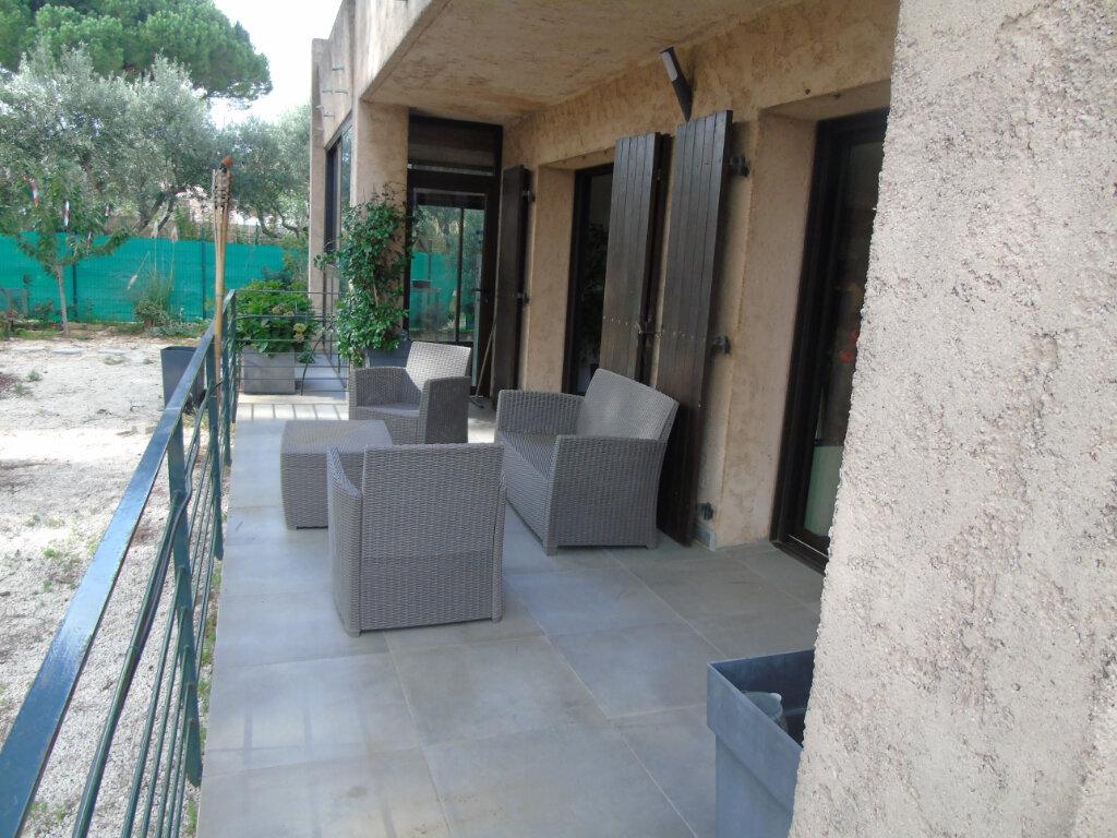 Maison à vendre 7 215m2 à La Seyne-sur-Mer vignette-10