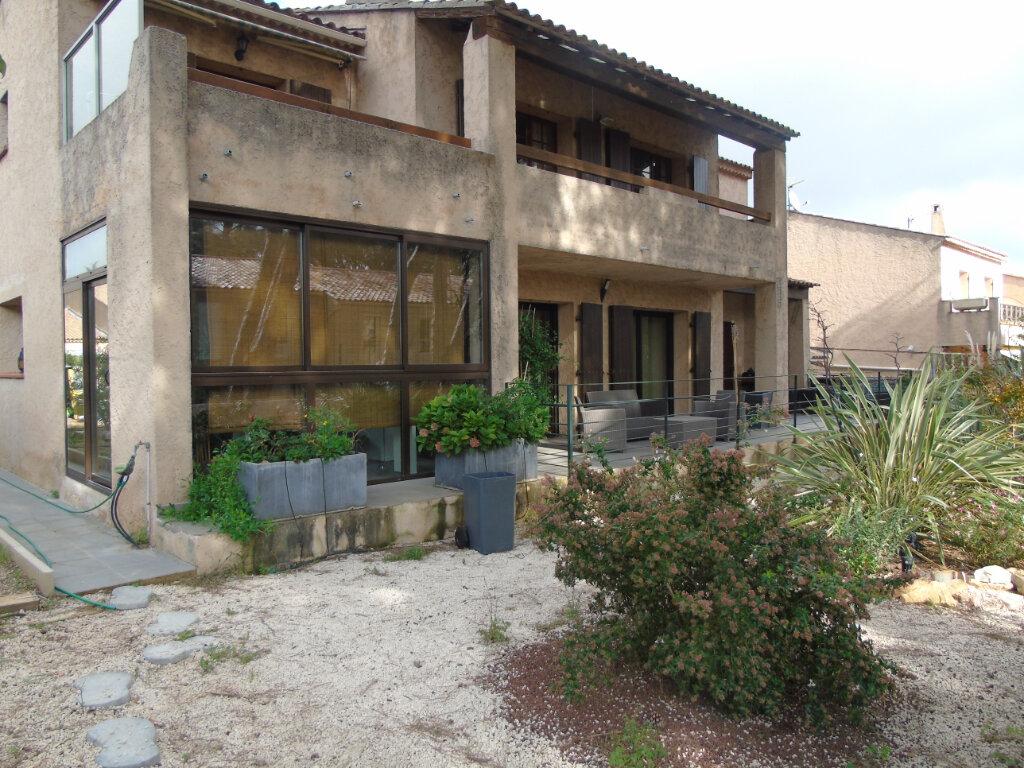 Maison à vendre 7 215m2 à La Seyne-sur-Mer vignette-12