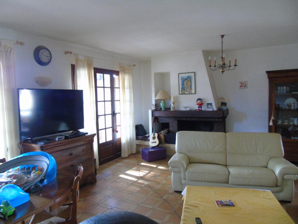 Maison à vendre 7 215m2 à La Seyne-sur-Mer vignette-13