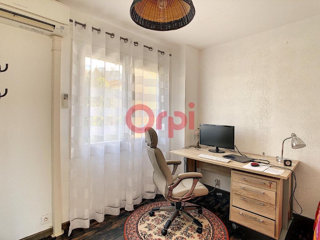 Maison à vendre 4 56m2 à Six-Fours-les-Plages vignette-6