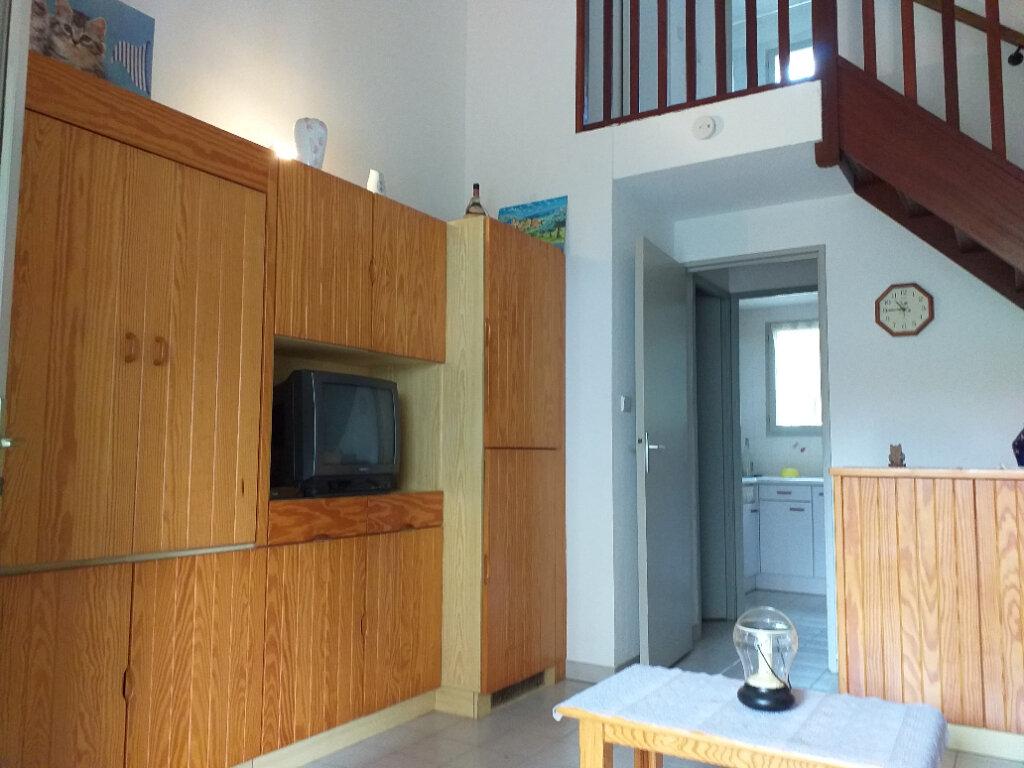 Maison à vendre 3 37.7m2 à La Seyne-sur-Mer vignette-5