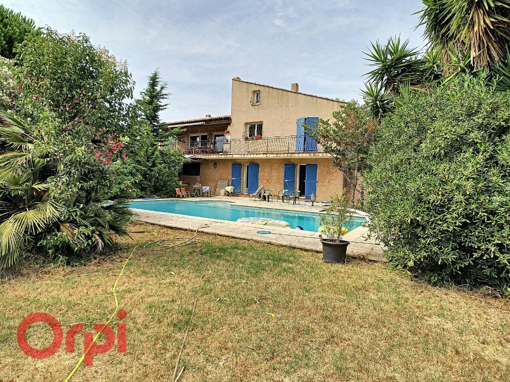 Maison à vendre 7 178m2 à La Seyne-sur-Mer vignette-2