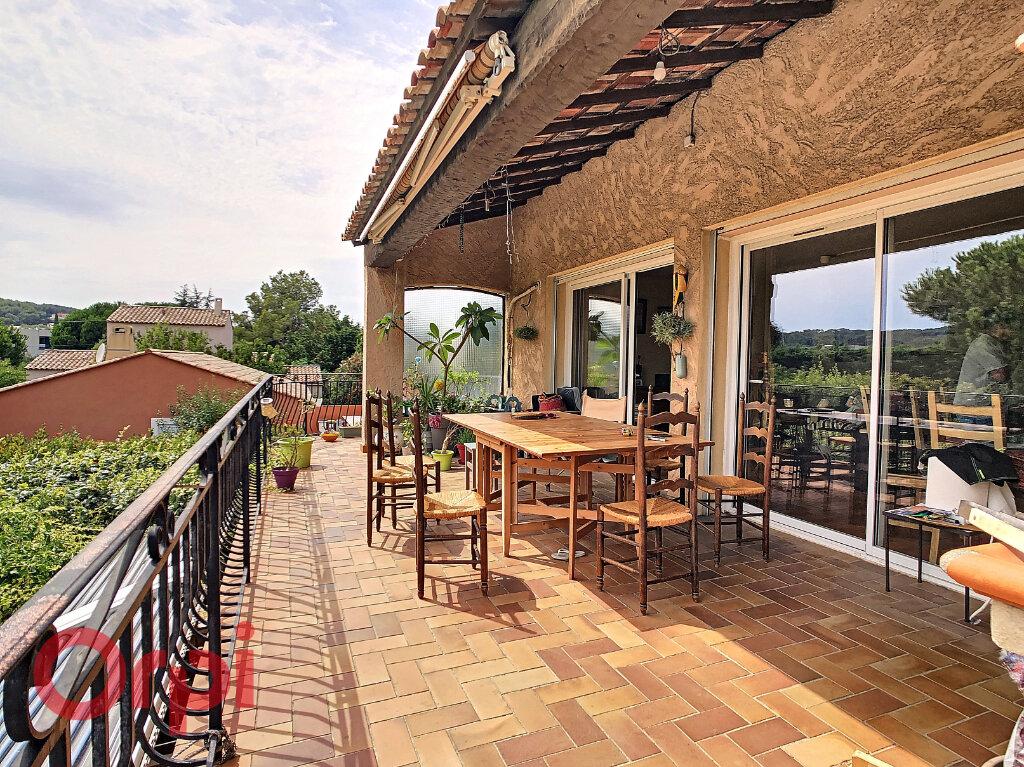Maison à vendre 7 178m2 à La Seyne-sur-Mer vignette-3