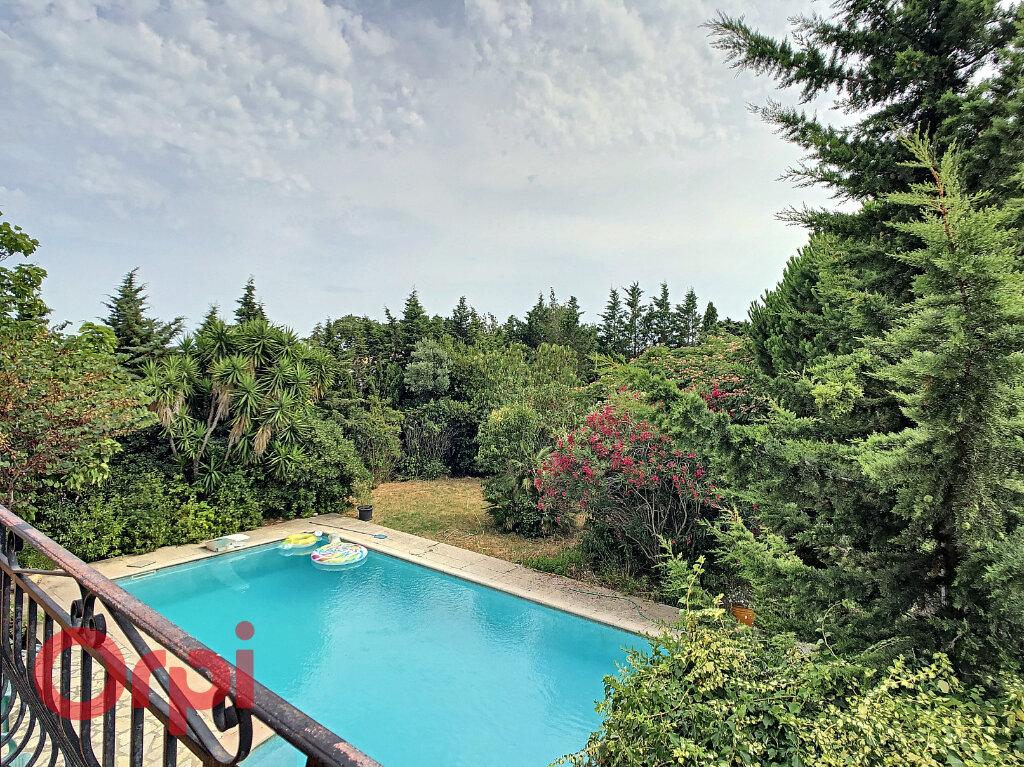 Maison à vendre 7 178m2 à La Seyne-sur-Mer vignette-4