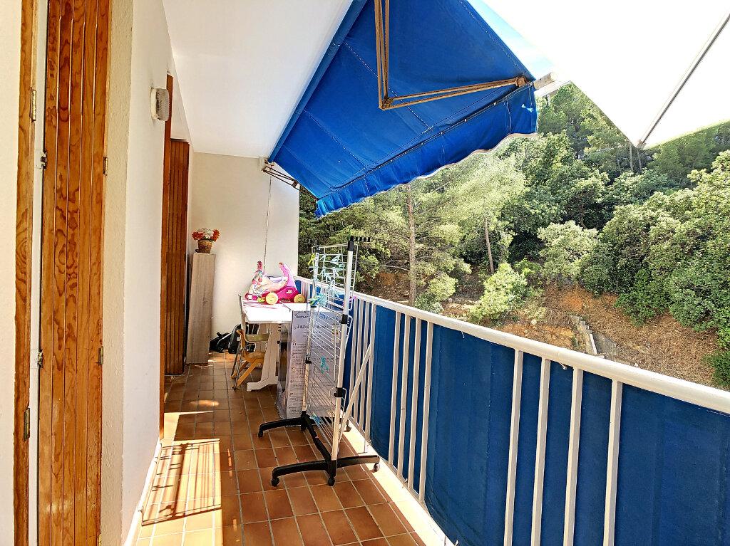 Appartement à vendre 4 76m2 à La Seyne-sur-Mer vignette-1